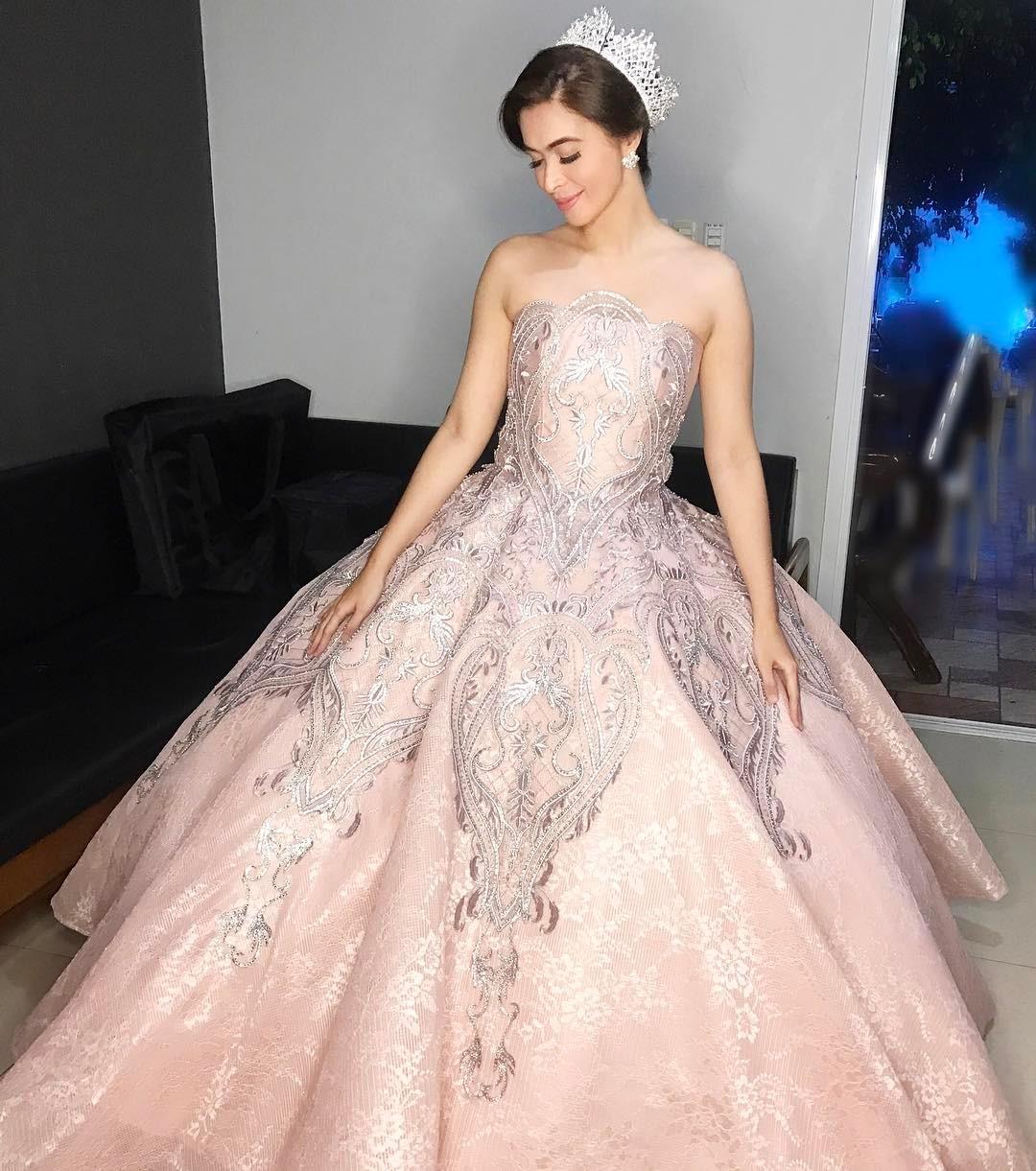 Sunshine Cruz Wedding Gown