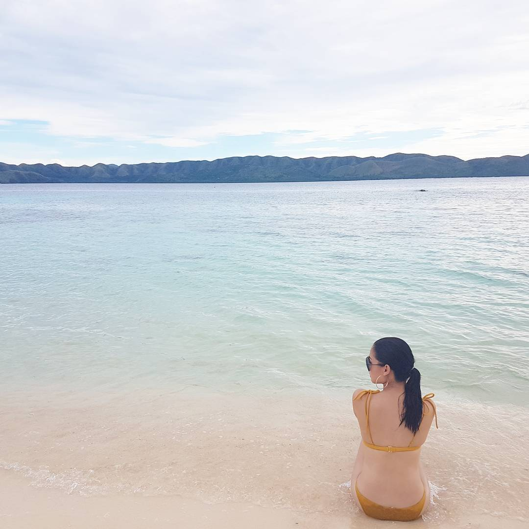 LOOK: Maja takes a day off as Ivy as she spends vacay in Palawan