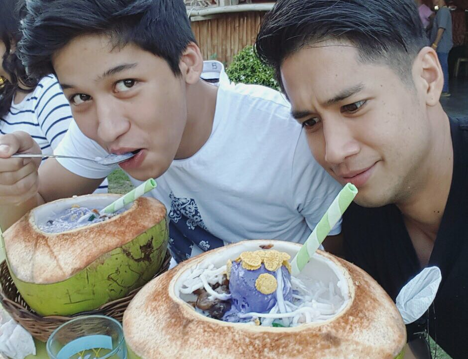 33 photos of the Abrenica brothers that show they are the new hottest boys in town