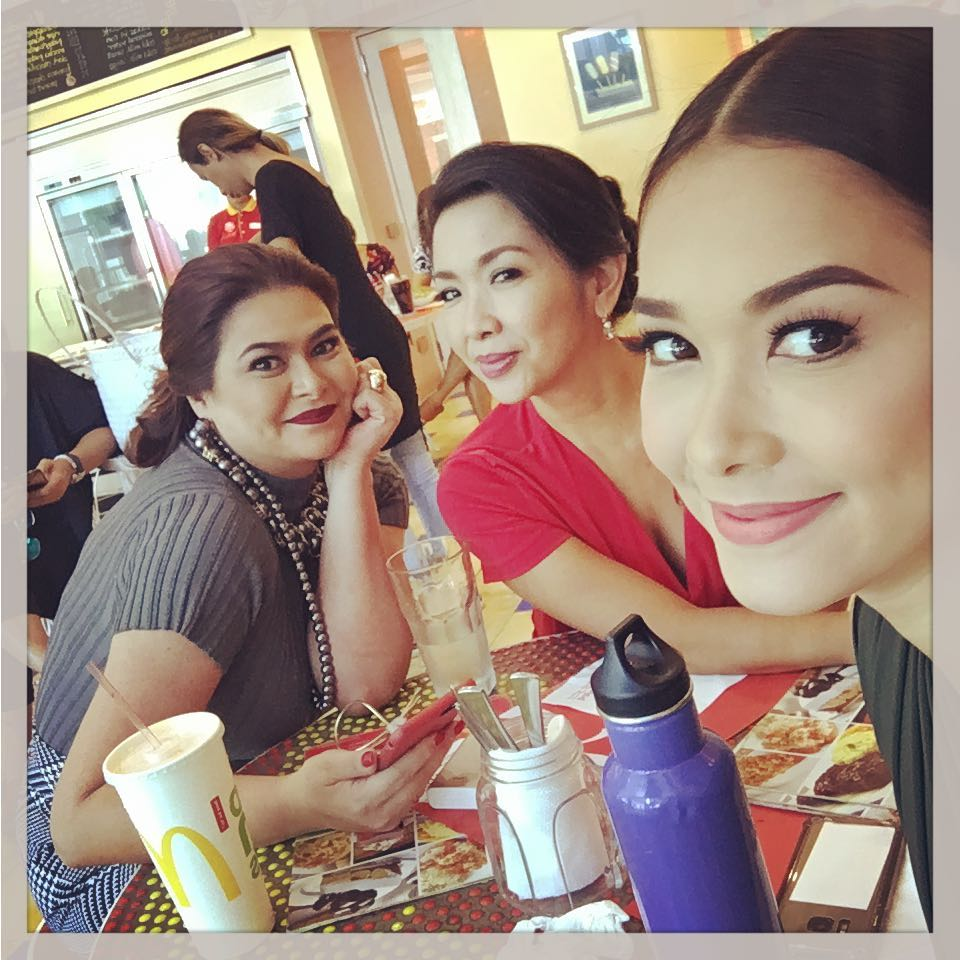 IN PHOTOS: Off cam kulitan moments with the Women Of Wildflower