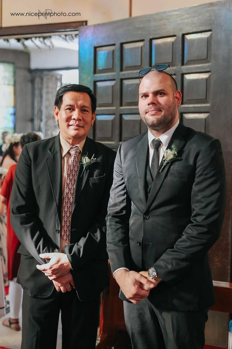 LOOK! Balikan ang ilan sa mga litrato sa kasalang Mr. and Mrs. Wendell Ramos